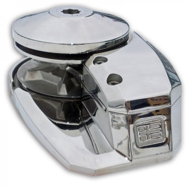 "Mako 1500 (24V, 3/8"" Gypsy) for Boats up to 65ft"